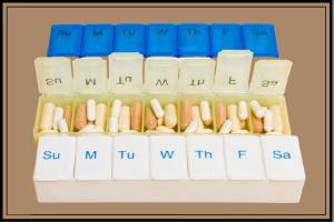 vitamin pill organizing tray